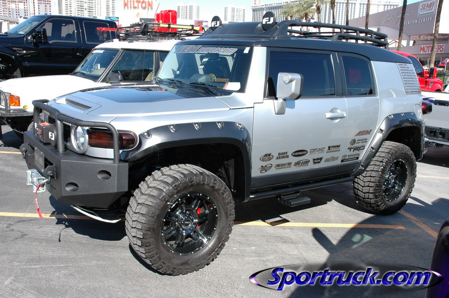 Rough Country At Sema Page 2 Toyota Fj Cruiser Forum