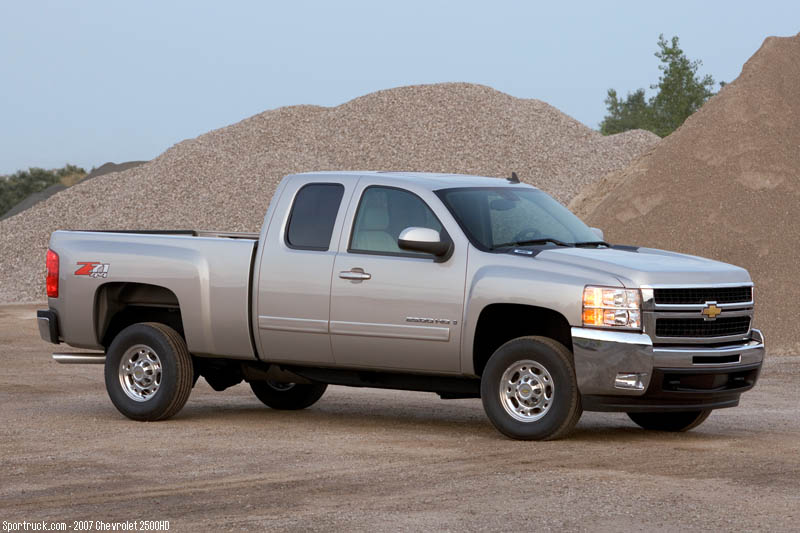 2007 Chevrolet 2500HD and 3500HD Heavy Duty Silverado - Pictures and Information - Sportruck.com