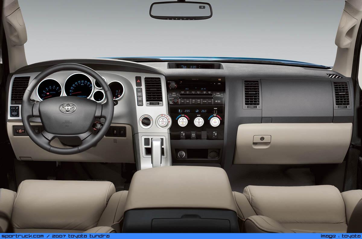 ���� ���� ������ ..2007 Toyota dash-big.jpg